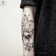 Poppy Forearm Work by Diana Severinenko
