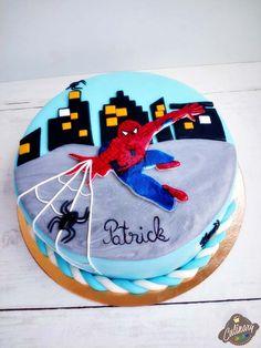 Pastă de zahăr (fondant,cum spun unii) | Marshmallows, Spinning, Fondant, Birthday Cake, Pasta, Marshmallow, Hand Spinning, Birthday Cakes, Gum Paste