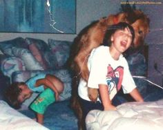 Saturday Night Special: Off Leash « AwkwardFamilyPhotos - every time I see this photo I cannot stop laughing.  PRICELESS.