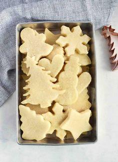 Soft, No Spread Sugar Cookies - In Fine Taste Roll Out Sugar Cookies, Cut Out Cookies, Sugar Cookies Recipe, Christmas Sugar Cookie Recipe, Holiday Cookies, Cookie Desserts, Cookie Recipes, Christmas Cake Pops, Christmas Cactus