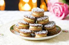 Kokosové střapáče Christmas Cookies, Cheesecake, Muffin, Food And Drink, Breakfast, Desserts, Biscuits, Xmas Cookies, Morning Coffee
