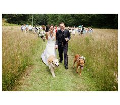 Can't picture your big day without Fido or Rover? Share the (puppy) love with these classy ideas for including your dog in your wedding ceremony.
