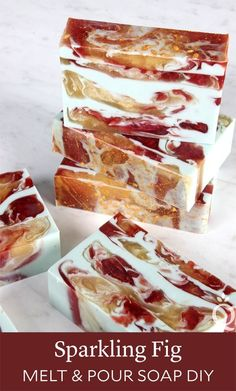 This Sparkling Fig Melt & Pour Soap Tutorial shows you how to make beautiful swirled bars of soap. Melt and pour is great for beginner soap makers. Soap Melt And Pour, Christmas Soap, Soap Tutorial, Honey Soap, Coconut Soap, Soap Making Supplies, Homemade Soap Recipes, Goat Milk Soap, Cold Process Soap
