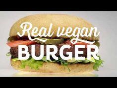 Swing Kitchen Real Vegan Burger ist das vegane Fast-Food-Lokal, das Genuss, Nachhaltigkeit und einen gesunden Lebensstil mit einem Smile serviert Fast Food, Lokal, Tempeh, Baked Potato, Hamburger, Vienna, Baking, Ethnic Recipes, Kitchen