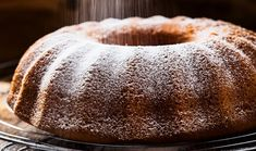 ArtTable | Αφράτο κέικ με τζίντζερ και λεμόνι Sweet Recipes, Cake Recipes, Pie Cake, Latte, Sweet Tooth, Sweets, Bread, Baking, Dolce
