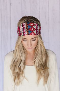 such a cute easy to make headband that you can wear anywhere!!!!!!!!!!!