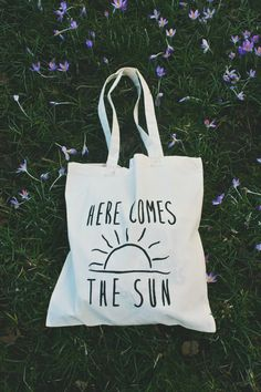#heyswappartner! I love tote bags! most large bags and purses really, I switch purses several times a week and carry totes as purses. UNOFFICIAL Beatles inspired lyric 'here comes the by totobaggu