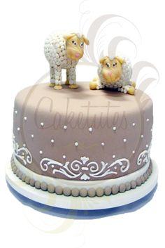 Sheep Cake - Caketutes Cake Designer: Bolo batizado carneirinho