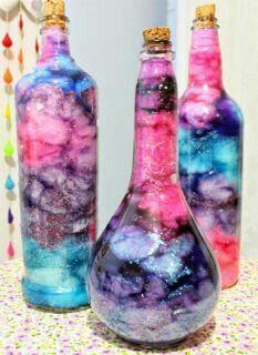 Diy Crafts For Girls, Fun Diy Crafts, Diy Craft Projects, Diy Galaxy Jar, Galaxy Crafts, Mason Jar Crafts, Bottle Crafts, Galaxy Theme, Bottle Jewelry