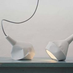 Concrete lamps look like paper