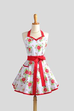 Vintage Apron | Sweetheart Retro Apron / Cute Womens Apron in Red Roses and Cherries ...