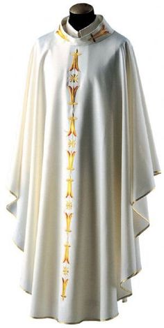 Chasuble 752, Misto Lana Fabric, Wool and Polyester Blend, Stand Up Collar - St. Jude Shop, Inc.