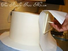 That Really Frosts Me: A brilliant trick for achieving super smooth buttercream frosting.