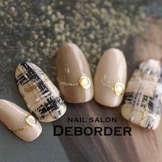 レボルデさんも使ってるネイルブック。毎日最旬新着ネイル続々♪流行のデザインが丸わかり! Elegant Nails, Stylish Nails, Trendy Nails, Plaid Nail Designs, Gel Nail Designs, Xmas Nails, Bling Nails, Korea Nail Art, Japan Nail
