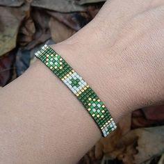 Miyuki Bileklik #miyukibileklik #miyuki #miyukibracelet #miyukiaccessories #takı #miyukitaki #miyukitakı #miyukiaddict #miyukistyle #bileklik #elemeği #handmade #elyapımı #dokuma #boncuk #boncukdokuma #miyukiboncuk #hediye #vintage #modern #yeşil #miyukibeads #altın #green #gold #aksesuar #design #fashion #armband