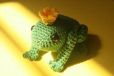 #freecrochetpattern Philip the frog