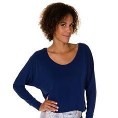 Onzie Scoop Back Sleeve Top - Navy | {Click to Shop!} #yoga #bikram #fitness #pilates #pole #spinning #gym #workout #clothes #athletic