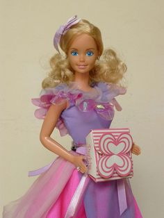 Gift Giving Barbie 1985. One of my favorite Barbie dresses.
