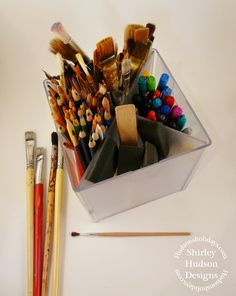 Hudson's Holidays - Designer Shirley Hudson: Chalk boards & more. Paint brush holder organizer