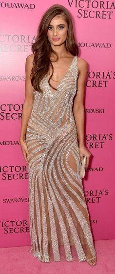 Taylor Hill in Fabiana Milazzo attends the 2017 Victoria's Secret Fashion Show After-Party In Shanghai. #bestdressed