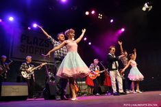 Flamingo dress: vintage / pin-up / rockabilly dress by TiCCi Rockabilly Clothing Rockabilly Clothing, Rockabilly Outfits, Circle Skirt Dress, Dress Skirt, Flamingo Dress, Cherry Dress, Vintage Pins, Body Types, Dress Making