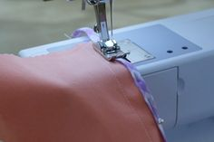 Great article on sewing bias hem and Hong Kong seam finishes!
