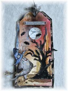 Scrapbook Dreams: Beginning of autum with a bird crazy tag; Sept 2015