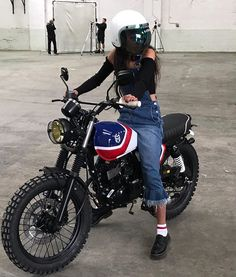 """1,799 Likes, 1 Comments - Drop Moto (@dropmoto) on Instagram: """"Red, white, and boo. One of @muttmotorcycles masterpiece's through the lens of @boohoo. . #dropmoto"""""""