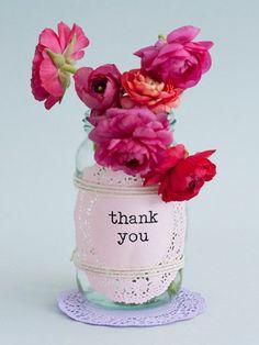 doilly + vidro + flores