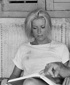 Catherine Deneuve on the set of Le sauvage (1975)