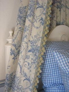 French blue toile
