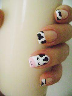 Tendencia: Uñas decoradas con diseños fantasía y stikers ~ Todos Aman a Pepina Animal Nail Designs, Nail Art Designs, Farm Animal Nails, Starbucks Nails, Nail Art For Girls, Teen Nails, Cow Nails, French Manicure Nails, Halloween Nail Designs