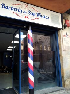 #barberia de san nicolas, #rotulacion fachada