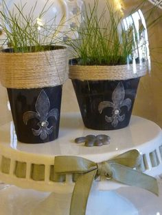 Easy Chalkboard Paint DIYs - iVillage - These chalkboard planters are cute.