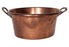 Copper pot from the century. Country Farmhouse Decor, French Farmhouse, French Country Decorating, Country Primitive, Kitchen Ware, Copper Kitchen, Copper Pots, Copper Metal, Copper Casting