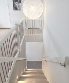 階段 上から