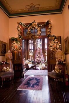 Victorian Christmas// Vaile Mansion
