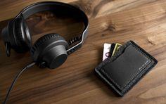 Alpha Card Wallet in Carbon