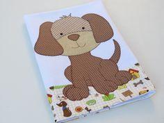 Pano de copa em patch aplique de Cachorro, com bordado em ponto caseado. Barra e aplicação em tecido 100% algodão. Sob encomenda, consulte nosso mostruário. As estampas podem sofrer alterações, mantendo as tonalidades.