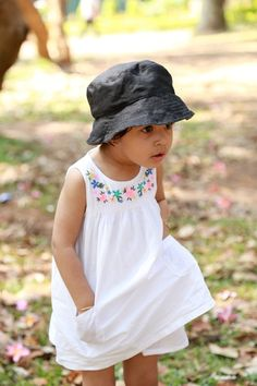 ebf3ad01444 Coal Linen Baby Sun Hat  Soulslings  Babywearing  Accessories  Sun  Hats