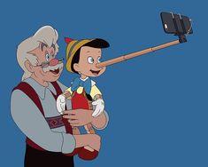 Disney in 2017 ~ Funny pics & memes Pinocchio selfie Disney Films, Classic Disney Movies, Disney Memes, Disney Pixar, Pinocchio Disney, Funny Disney, Cartoon Cartoon, Cartoon Characters, Dark Disney