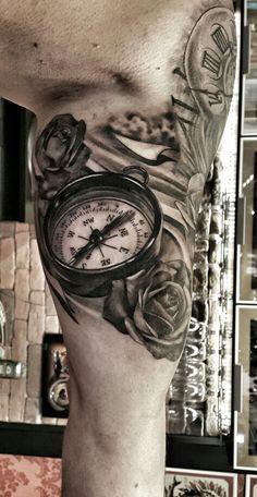 Bússola com Rosas Feita no Kiko Tattoo Barra