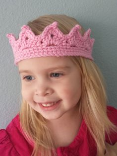 An adorable crochet crown for your little princess! Great for dress up or pictures.