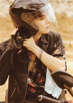 """Don't mess up my tempo"" Vivace ver CHEN Baekhyun Chanyeol, Exo Ot9, Kpop Exo, K Pop, Exo Korea, Xiuchen, Kim Minseok, Fandom, Kim Junmyeon"