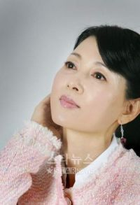 Yoo Ji-in, Korean actress