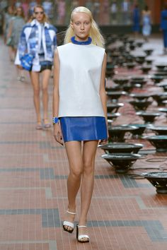 青い海をファッションで救う、ケンゾーのマリンスタイル【14SSパリウィメンズ】
