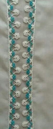 This Pin was discovered by HUZ Crochet Lace Edging, Crochet Borders, Crochet Stitches Patterns, Lace Patterns, Crochet Trim, Baby Knitting Patterns, Crochet Designs, Stitch Patterns, Knit Crochet