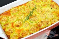 Recept Pečená cuketa ve smetanové omáčce Roast Zucchini, Quiche, A Table, Macaroni And Cheese, Side Dishes, Food And Drink, Low Carb, Treats, Vegan