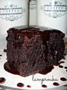 Greek Desserts, Greek Recipes, Desert Recipes, Sweets Recipes, Cookie Recipes, Easy Chocolate Pie, Chocolate Cake, Greek Cake, Parfait Recipes