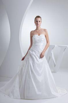 Robe de mariée avec lacets de col en cœur de lotus en taffetas plissé